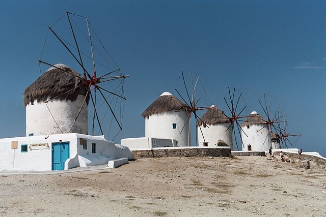 640px-Mykonos_Windmills