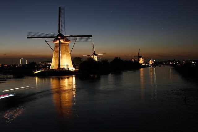 Kinderdijk_(Netherlands)
