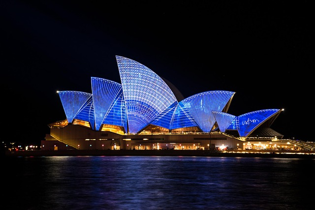 sydney harbor-opera house